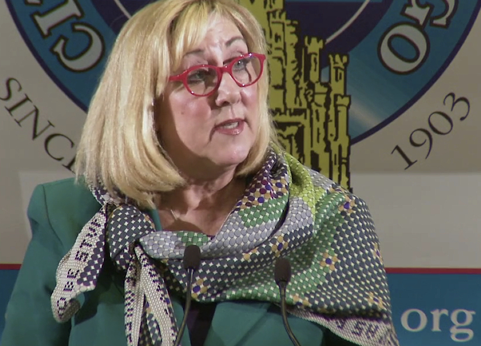 Christine Dudley addresses the Chicago City Club